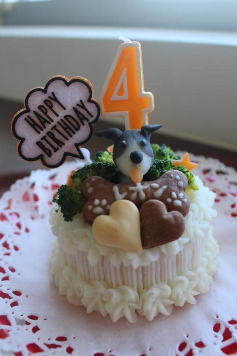 お誕生日ケーキ*レオン君